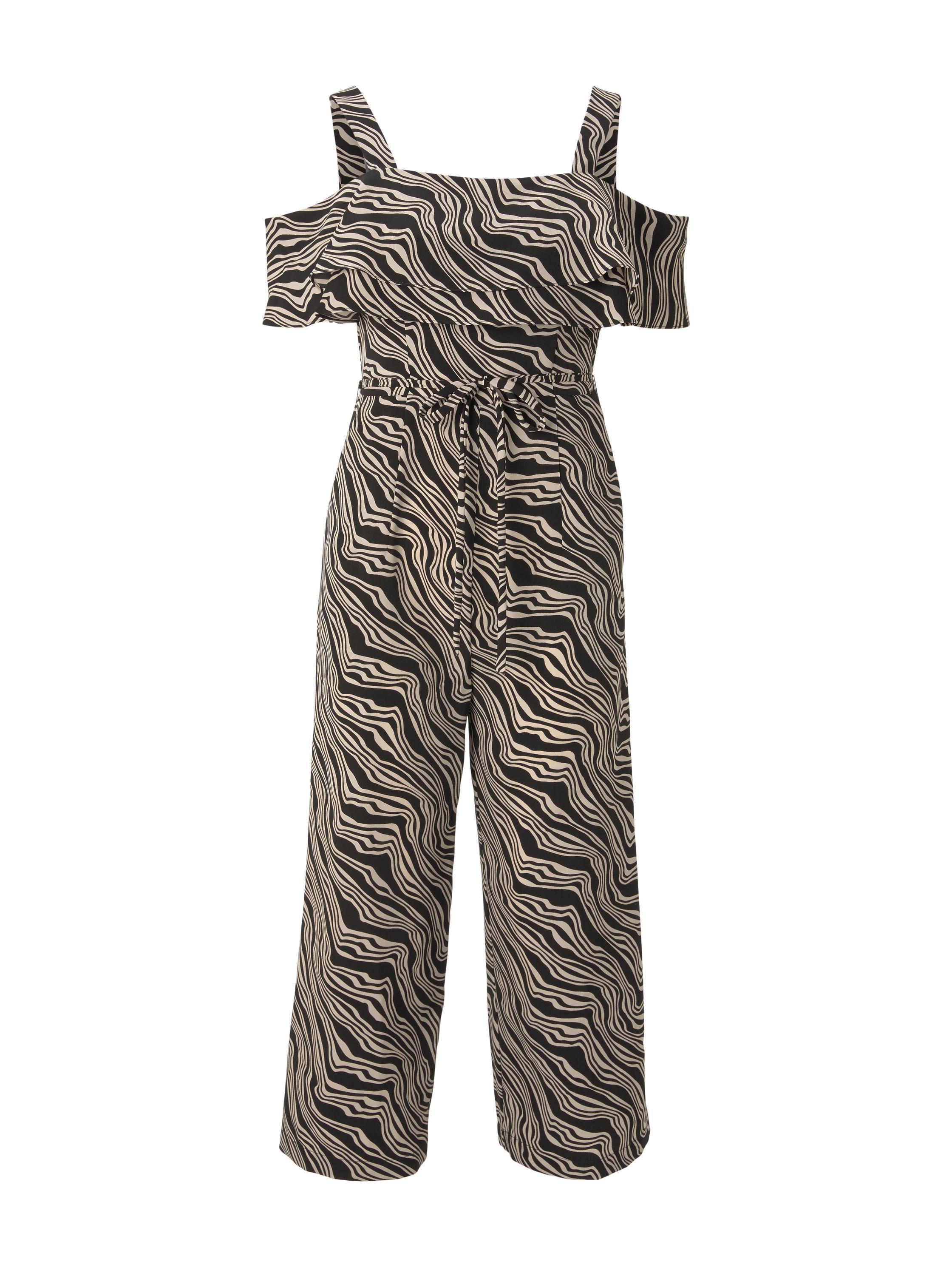 jumpsuit feminine, black wavy design