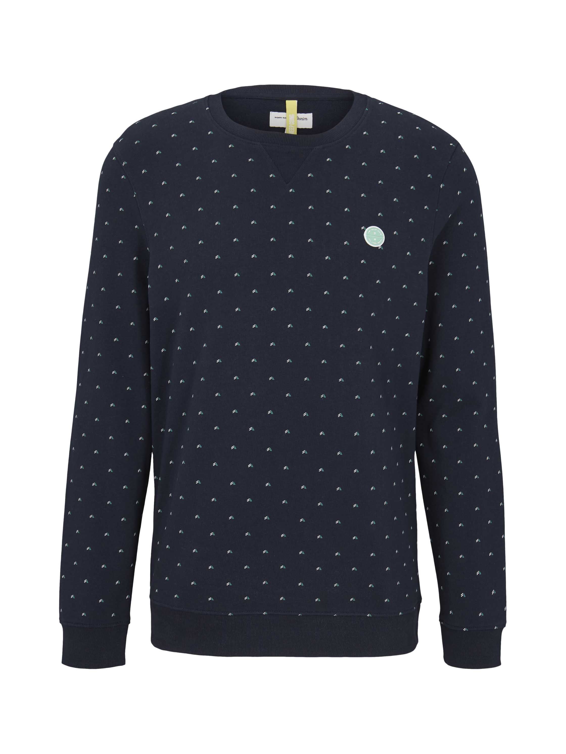 crewneck with new cutlines, navy triangle stripe print